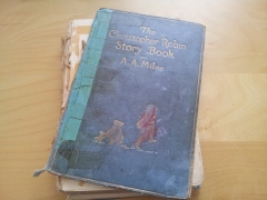 Christopher Robin Storybook (2)