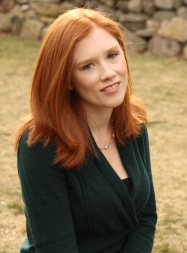 Laura Kenyon headshot